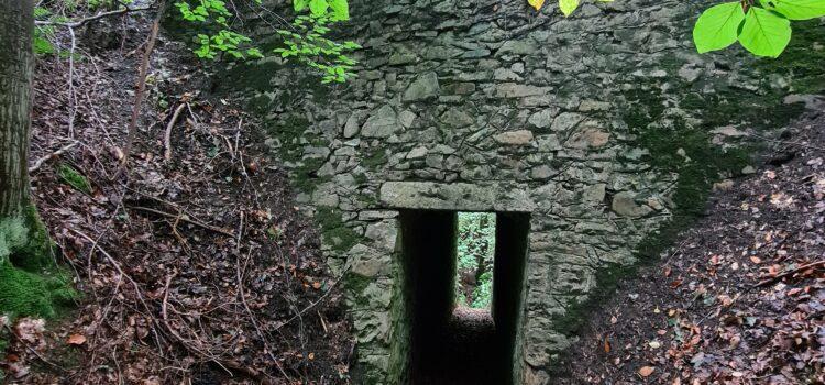 Tunel pod silnicí na Řevnice