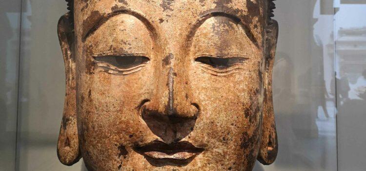 Mírumilovný  buddhismus, rána deštníkem a prázdná miska